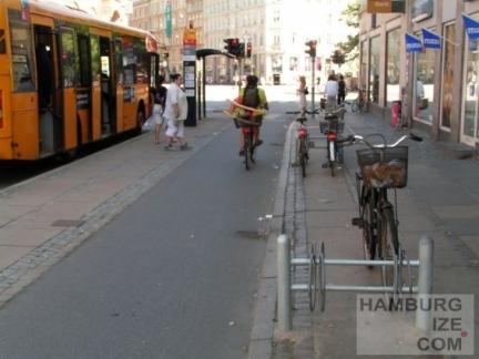 hannovercyclechic bus und radweg 2